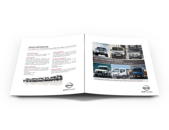 Mock-up – Brochure – 210 x 210 mm