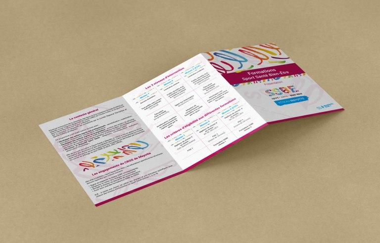 Leaflet Mockup - 3 x A4 mm